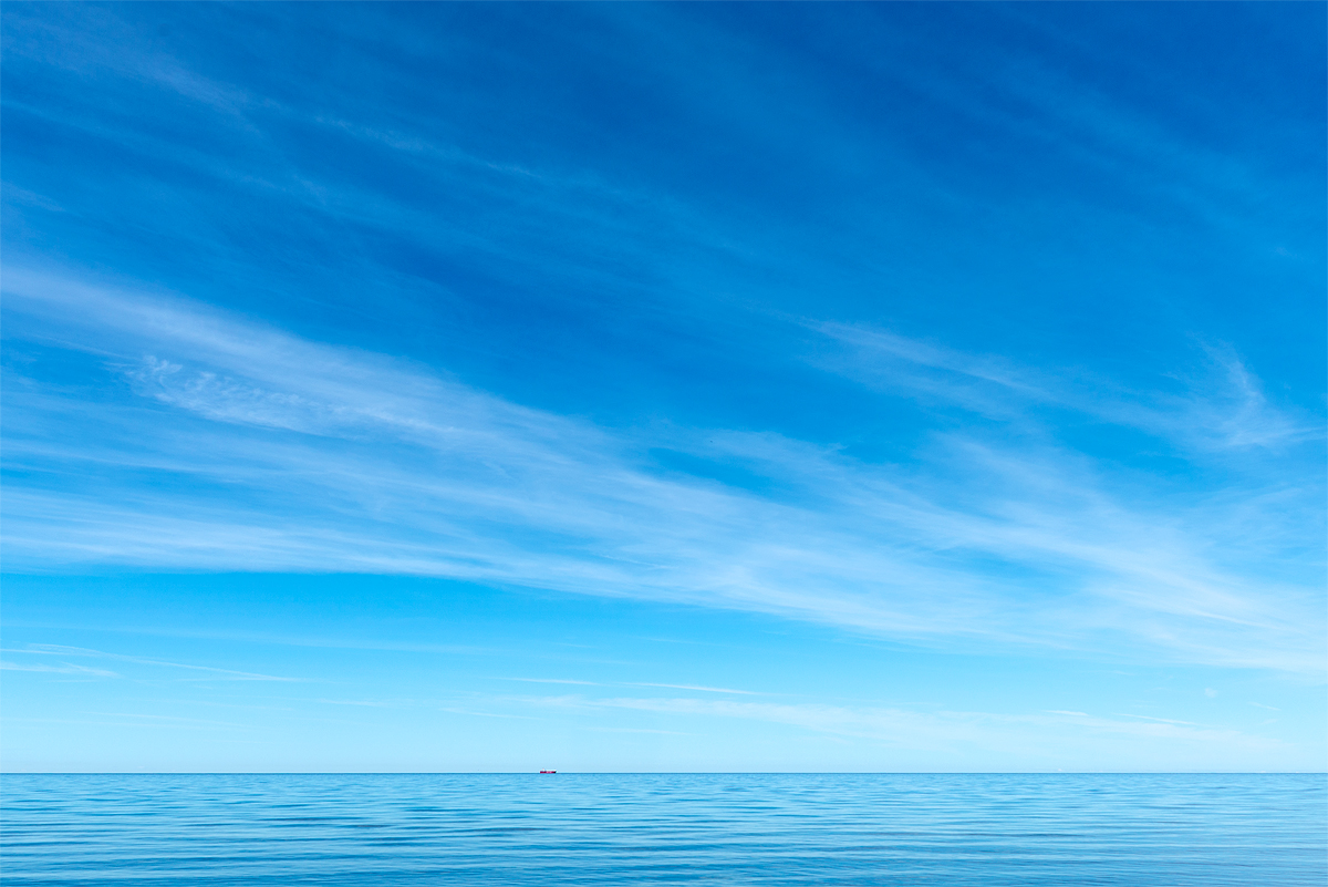 Båt och himmel i Ygne