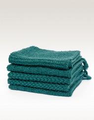 Handstickad handduk