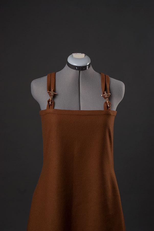 Apron-dress-1