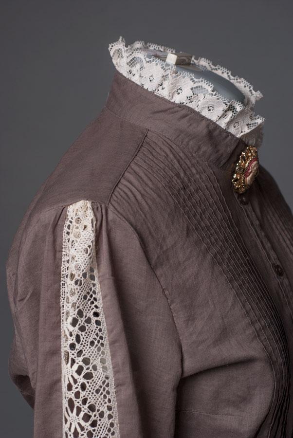 Victorian-blouse-lace