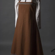 Viking dress with brooch